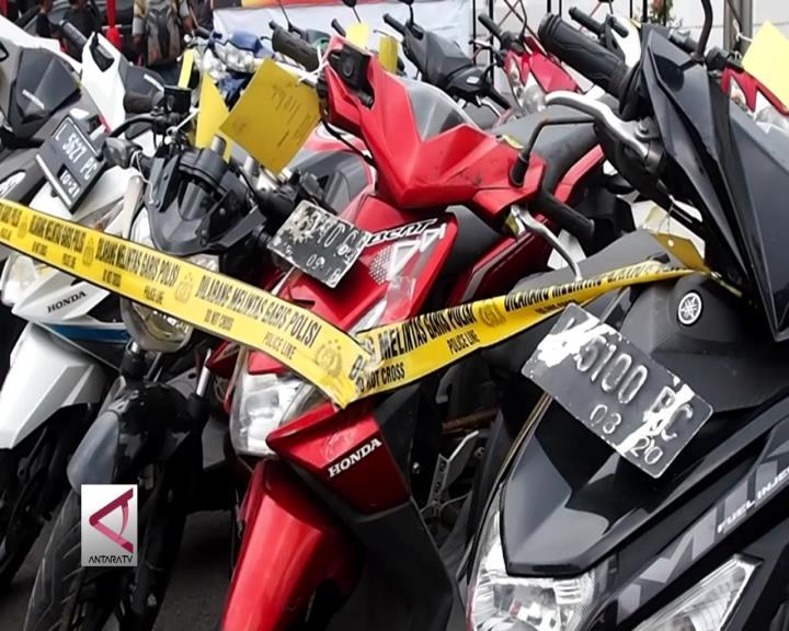 Polrestabes Surabaya Ungkap 92 Kasus Kejahatan