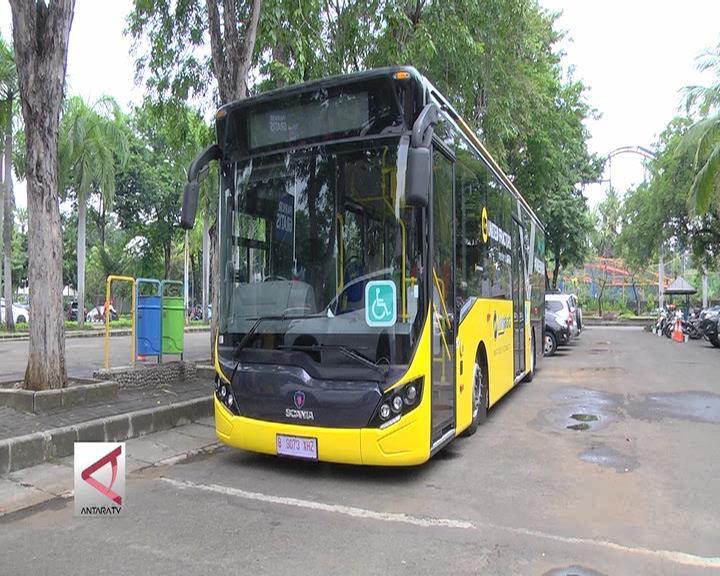 Transjakarta Luncurkan Bus Ramah Disabilitas