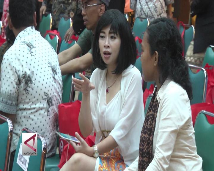 Sosok Perempuan di Mata Menteri Susi dan Siti