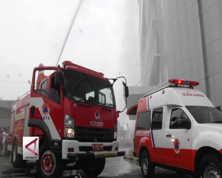 Simulasi Kebakaran Kurangi Risiko Bencana