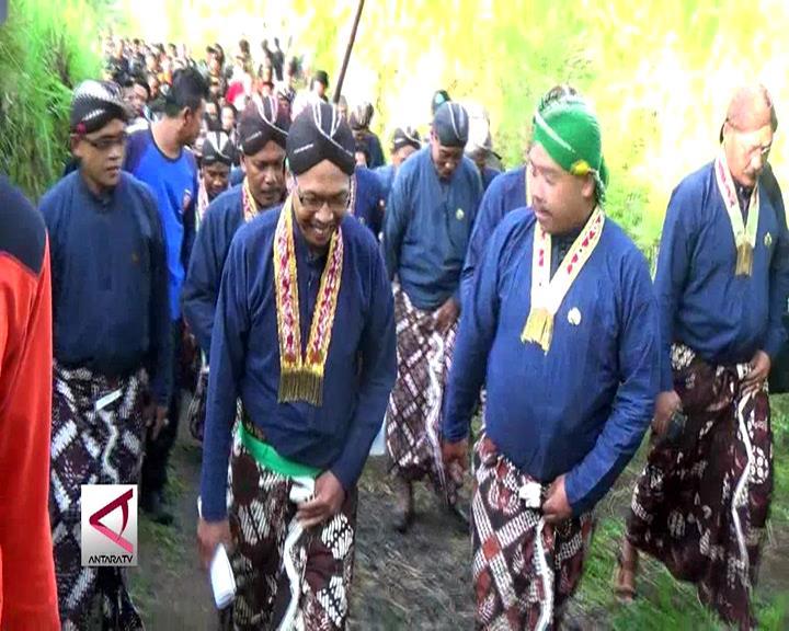 Tradisi Labuhan Warga Lereng Gunung Merapi