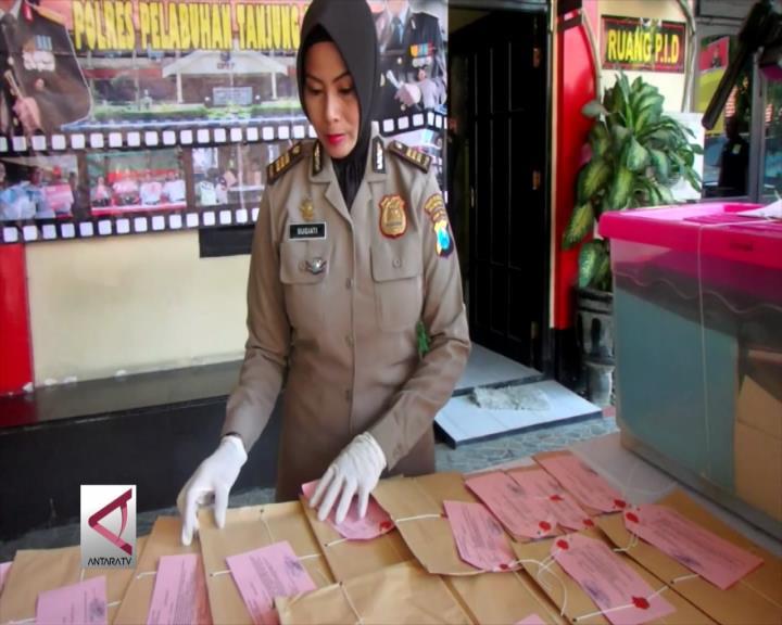 Polisi Serahkan Berkas Perkara Pungli Prona