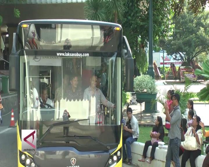 Tiga Bus Khusus untuk Penyandang Disabilitas