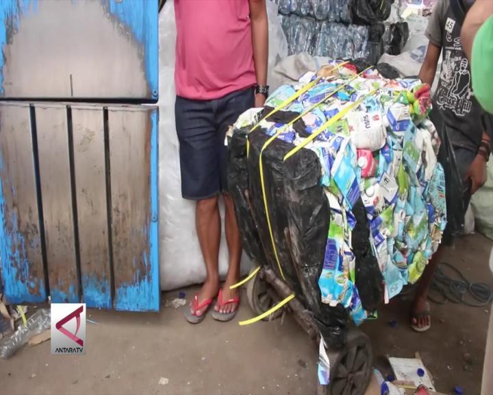 Mengolah Sampah Demi Keindahan Gili Trawangan