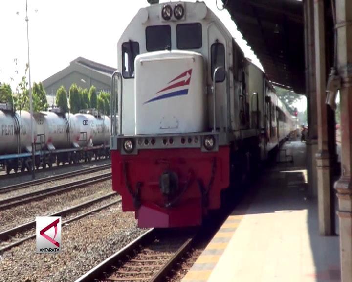 PT KAI Menambah Kereta Api Ekstra Untuk Mudik