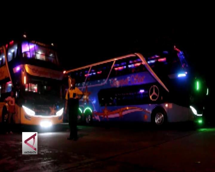 Mudik dengan Bus Bertingkat