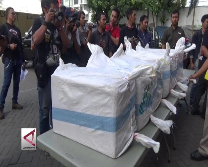 Polrestabes Surabaya Gagalkan Penyelundupan Pil Zenith