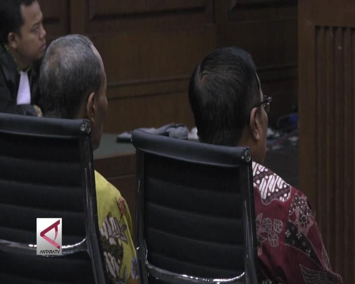 Irman & Sugiharto Divonis 7 dan 5 Tahun Penjara