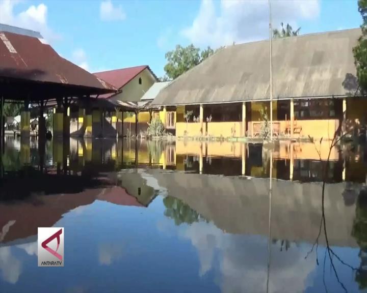 Banjir Masih Lumpuhkan Sekolah di Beltim