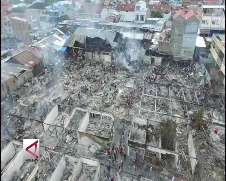 Pedagang Pasar Masomba Terbakar dan Rugi Miliaran Rupiah