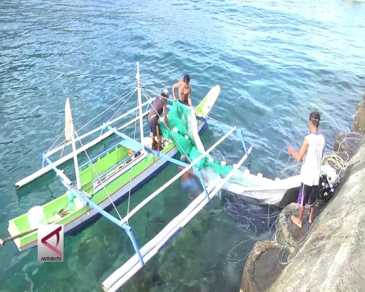 DJPT Salurkan Bantuan Sarana Penangkapan Ikan