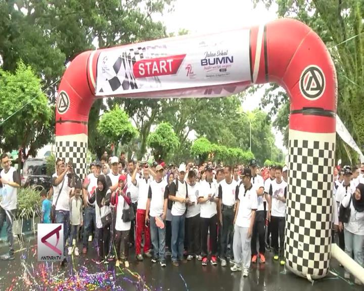 Jalan Sehat BUMN Bersama Masyarakat Bengkulu