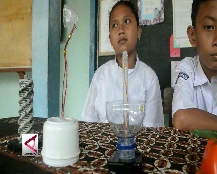 Lampu Belajar Ramah Lingkungan dan Hemat Energi