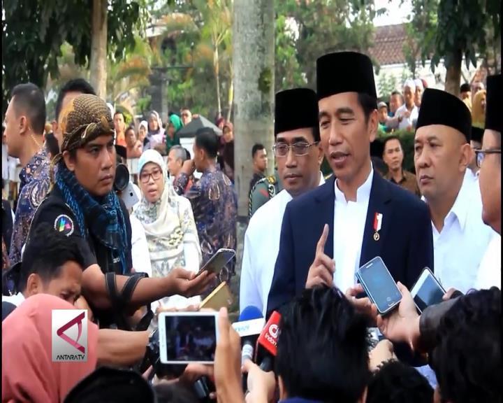 Presiden Jokowi Sholat Ied Bersama Warga Sukabumi