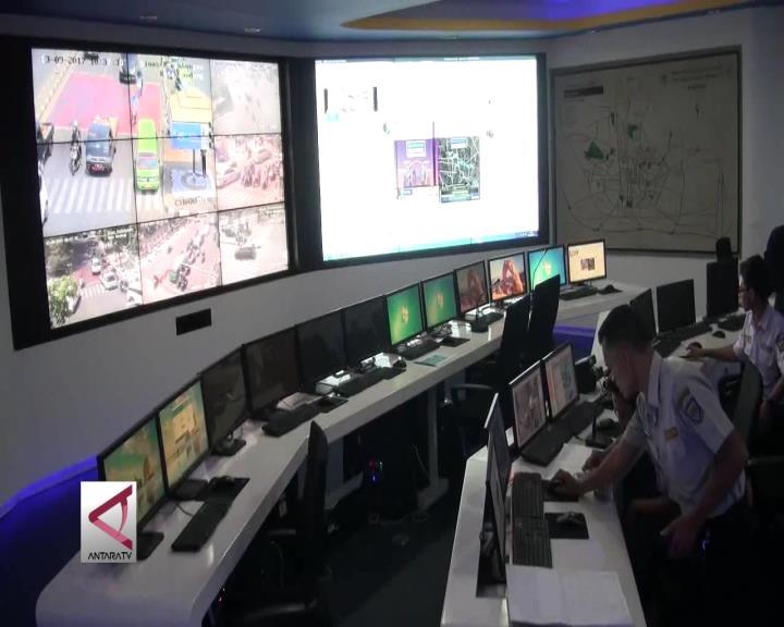 Pelanggar Lalu Lintas di Bandung Terpantau CCTV