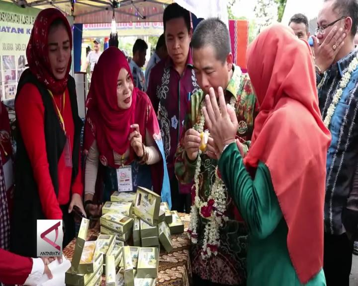 Perhelatan UKM Hasil Wirausaha Baru Banjarmasin Expo 2017