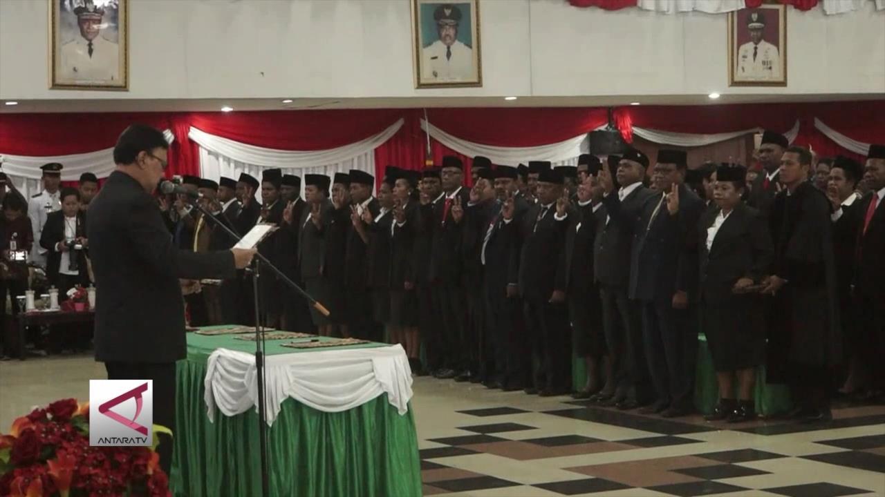 Mendagri Lantik 51 Anggota Majelis Rakyat Papua