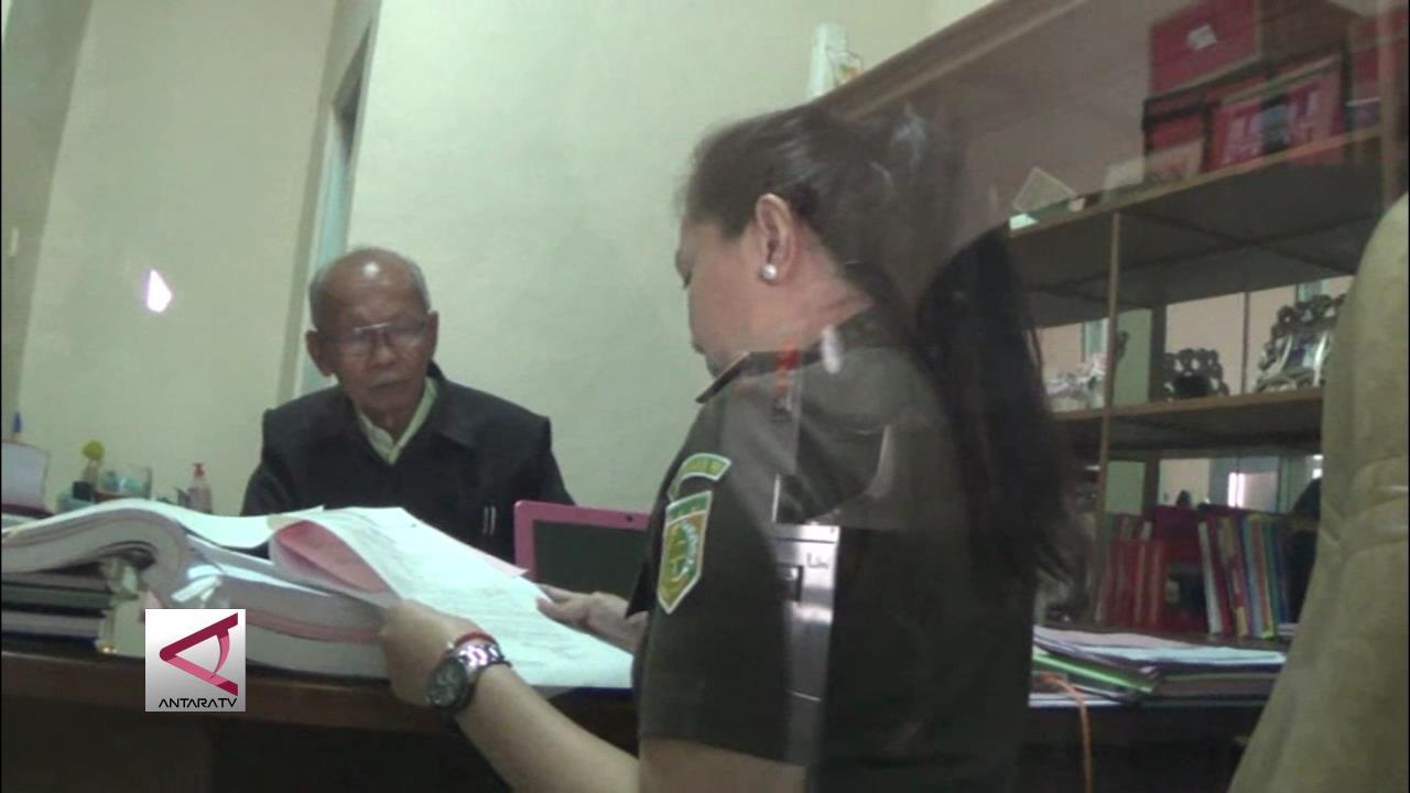 Kejaksaan Negeri Majalengka Tahan Kepala Desa Korupsi