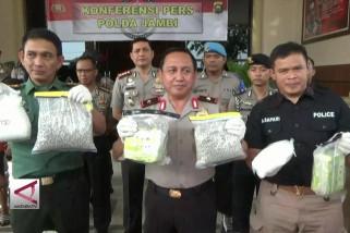 Polda Jambi Gagalkan Pengiriman Narkoba Senilai 28 Miliar