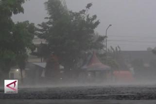 Warga Bantul diingatkan waspadai cuaca ekstrim