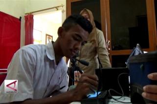 Jemput Bola, Disdukcapil Kulon Progo sambangi sekolah