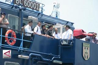Menko Maritim akan tutup 70 pelabuhan tak resmi di Batam