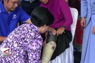Panglima TNI bagikan kaki palsu di Yogyakarta