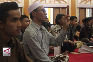 Ngabuburit di Mataram, Mahfud MD ceramah hak konstitusi