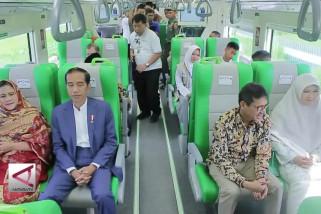 Presiden resmikan operasional Kereta Bandara Minangkabau