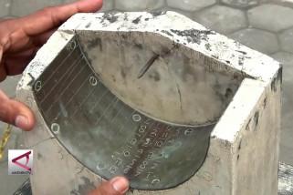Jam Bancet, penentu waktu shalat di Masjid Bantul