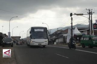 300 Ribu kendaraan lewati jalur selatan nagreg