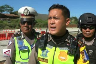 Ribuan kendaraan di Batang dialihkan ke jalur non-tol