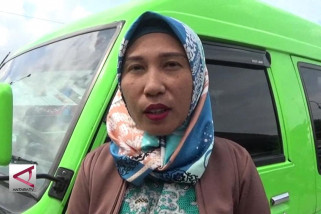 Andaningrum Kaluku, sopir wanita pertama di Sulteng