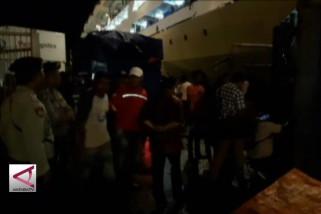 KPUD Maluku distribusikan surat suara dengan kapal