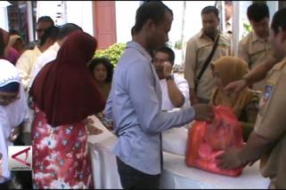 Paket Sembako murah untuk warga prasejahtera