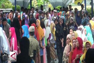 Ribuan warga Yogyakarta hadiri open house Sultan HB X