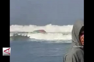 Kapal Penangkap Ikan Tenggelam di Jember , 5 Orang Tewas