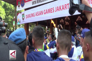 Obor Asian Games Disambut Warga Solo