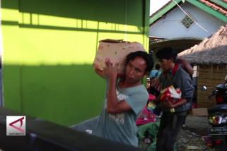Toko korban gempa di Lombok dijarah