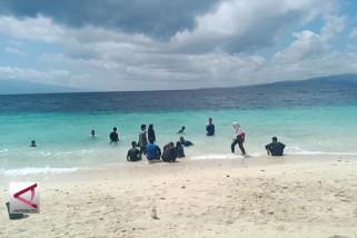 BUMN Hadir - Siswa Mengenal Nusantara berlatih Bela Negara