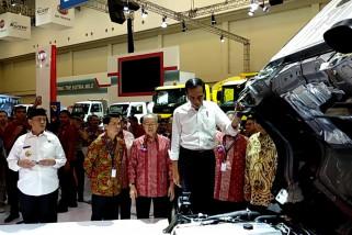 Presiden Jokowi berkunjung ke GIIAS 2018