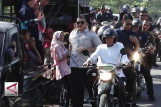 Presiden sambangi korban gempa dengan motor
