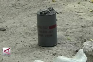 Jihandak Brimob Polda Sulteng amankan granat aktif
