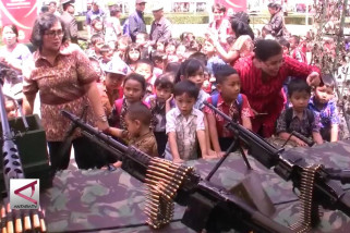 Mengenal Alutsista TNI sejak dini di HUT TNI ke-73