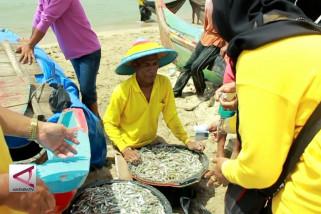 Industri pengolahan stimulus produksi perikanan tangkap
