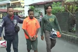 Polisi tangkap 2 anggota kelompok kriminal bersenjata