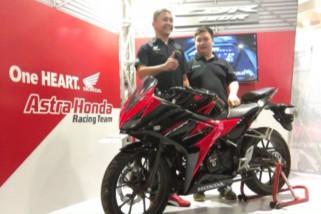 New Honda CBR150R tampil dengan warna baru