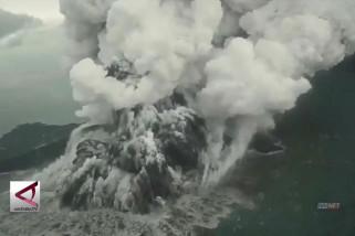 Pemetaan bawah laut Anak Krakatau dihentikan sementara