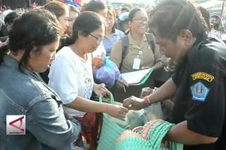 Sosialisasi pengurangan penggunaan kantong plastik