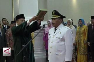Edi Ariadi resmi gantikan Iman Ariyadi sebagai Walikota Cilegon